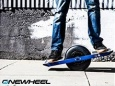 Изобретен скейтборд      на  одном колесе  с   электромотором - Onewheel